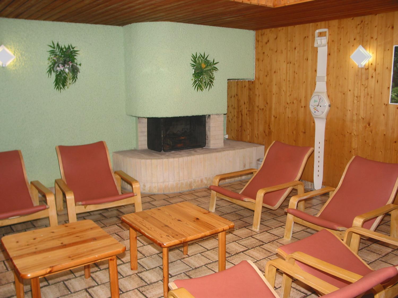 schwimmbad entfelden. Black Bedroom Furniture Sets. Home Design Ideas